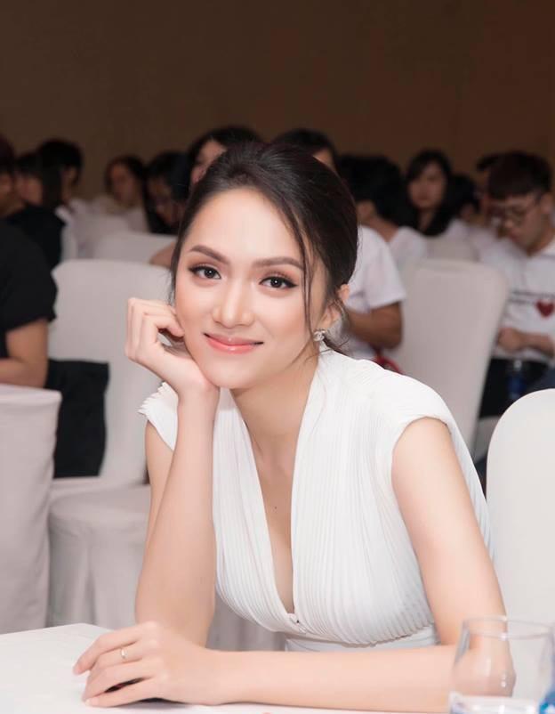 Hoa hậu Hương Giang hé lộ điểm thi tốt nghiệp toàn con số khủng-2