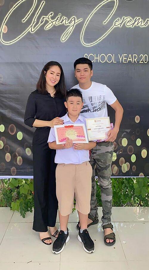 Con trai cả dành niềm vui bất ngờ cho Lê Phương trong ngày đầu đi học-5
