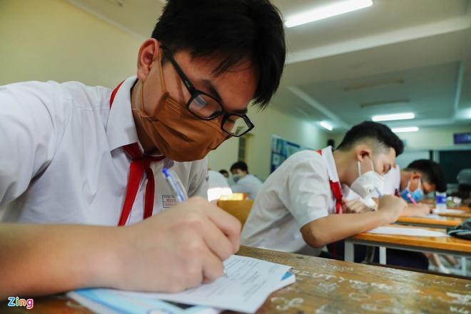 Dịch Covid-19 bùng phát, 10 địa phương cho học sinh nghỉ-1