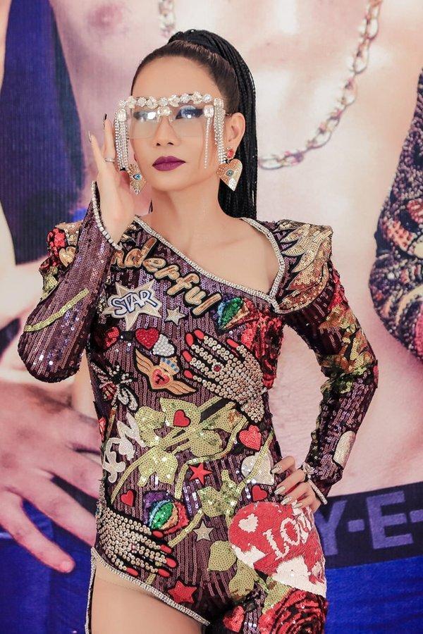 Những bộ đồ diễn của sao Việt bị nghi nhái Black Pink-4