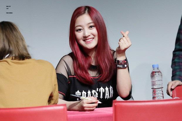 Giờ đây là nữ thần K-Pop, mấy ai biết thuở debut họ bị chê xấu thậm tệ ra sao-3