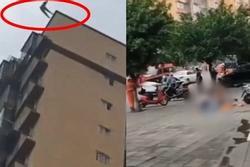 Nữ sinh 15 tuổi nhảy lầu tự tử từ tầng 25, ông bố cố gắng níu con cũng rơi theo