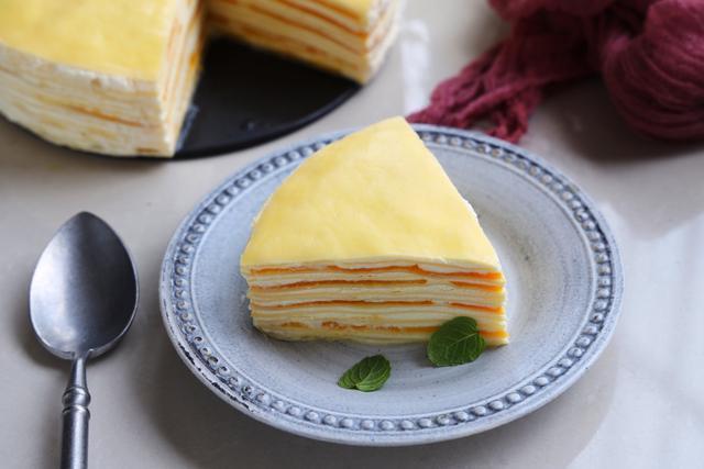 Lần đầu làm bánh, tôi trình diễn thành công món bánh xoài ngàn lớp khiến cả nhà trầm trồ-6