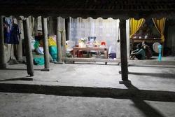 Trượt chân xuống bể cá cảnh, bé gái 17 tháng tuổi ở Quảng Bình chết ngạt