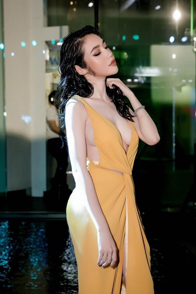 3 kiểu váy khoe ngực táo bạo nhất của mỹ nhân Việt-9