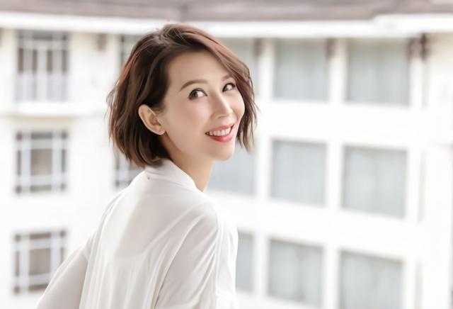 Xa Thi Mạn và những mỹ nhân TVB ăn nên làm ra ở Trung Quốc-3