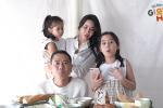 Con gái Lưu Hương Giang hồn nhiên khoe: Trên mặt mẹ có mồm giả và mũi giả-4