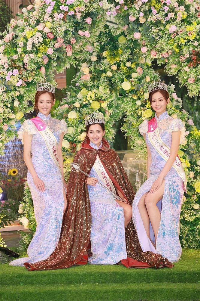 Cận cảnh nhan sắc tân Hoa hậu Hong Kong: Vỏn vẹn 1m60, hao hao Địch Lệ Nhiệt Ba-2