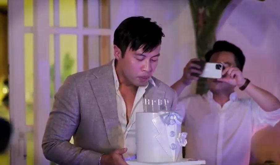 Mở tiệc sinh nhật sang xịn, Shark Khoa bị đại gia Minh Nhựa bóc mẽ toàn đồ free-2