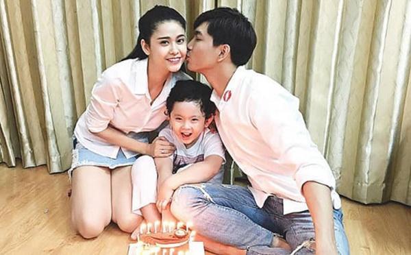 Tim bất ngờ khoe ảnh hôn Trương Quỳnh Anh-1