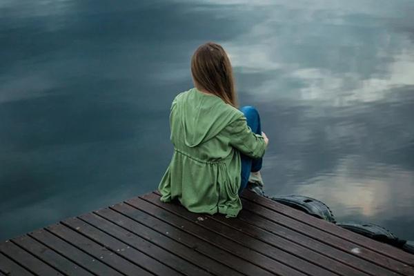 Trăng tròn Song Ngư và top các chòm sao dễ rơi vào trầm cảm nhất trong 3 ngày tới-1