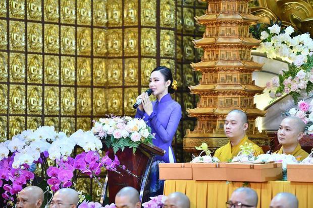 Đã 2 mùa Vu Lan báo hiếu, nhan sắc Angela Phương Trinh liên tục được ngợi khen-3