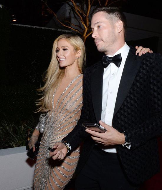 Paris Hilton từng bị 5 bạn trai bạo hành-3