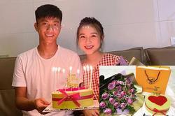 Phan Văn Đức tặng hoa, túi xách hàng hiệu đắt tiền cho vợ nhân dịp sinh nhật