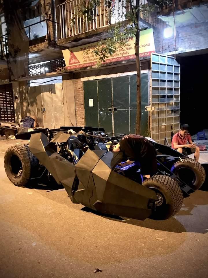 Nam sinh Đại học Kiến Trúc đầu tư 500 triệu bê siêu xe BATMAN từ phim ra đời thực-5