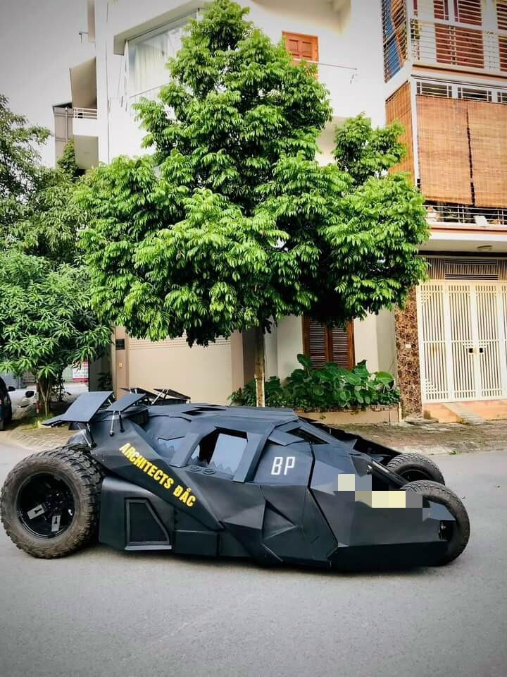 Nam sinh Đại học Kiến Trúc đầu tư 500 triệu bê siêu xe BATMAN từ phim ra đời thực-10
