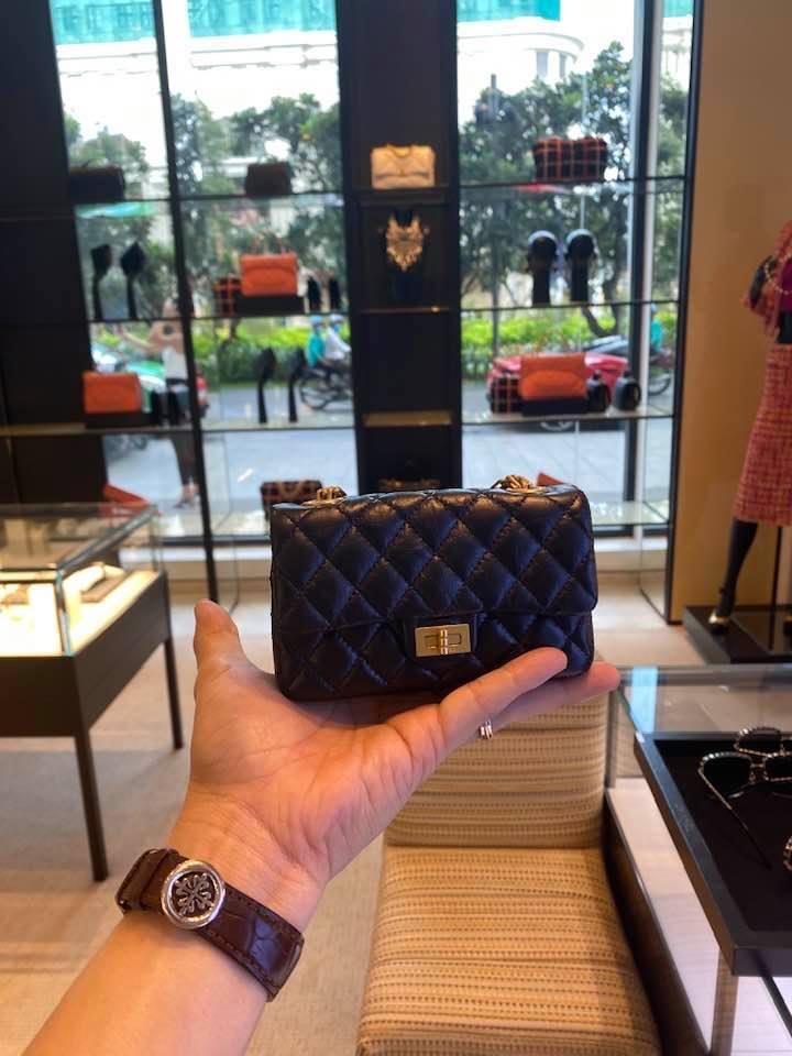 Bóc giá 4 chiếc túi Cường Đô La mua cho con gái: Size mini nhưng giá khổng lồ-4