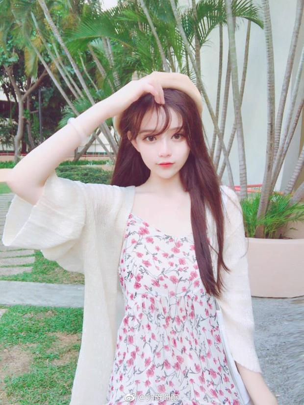 Hot girl xứ Trung 'rớt đài' khi bị bóc mẽ nhan sắc thật-2