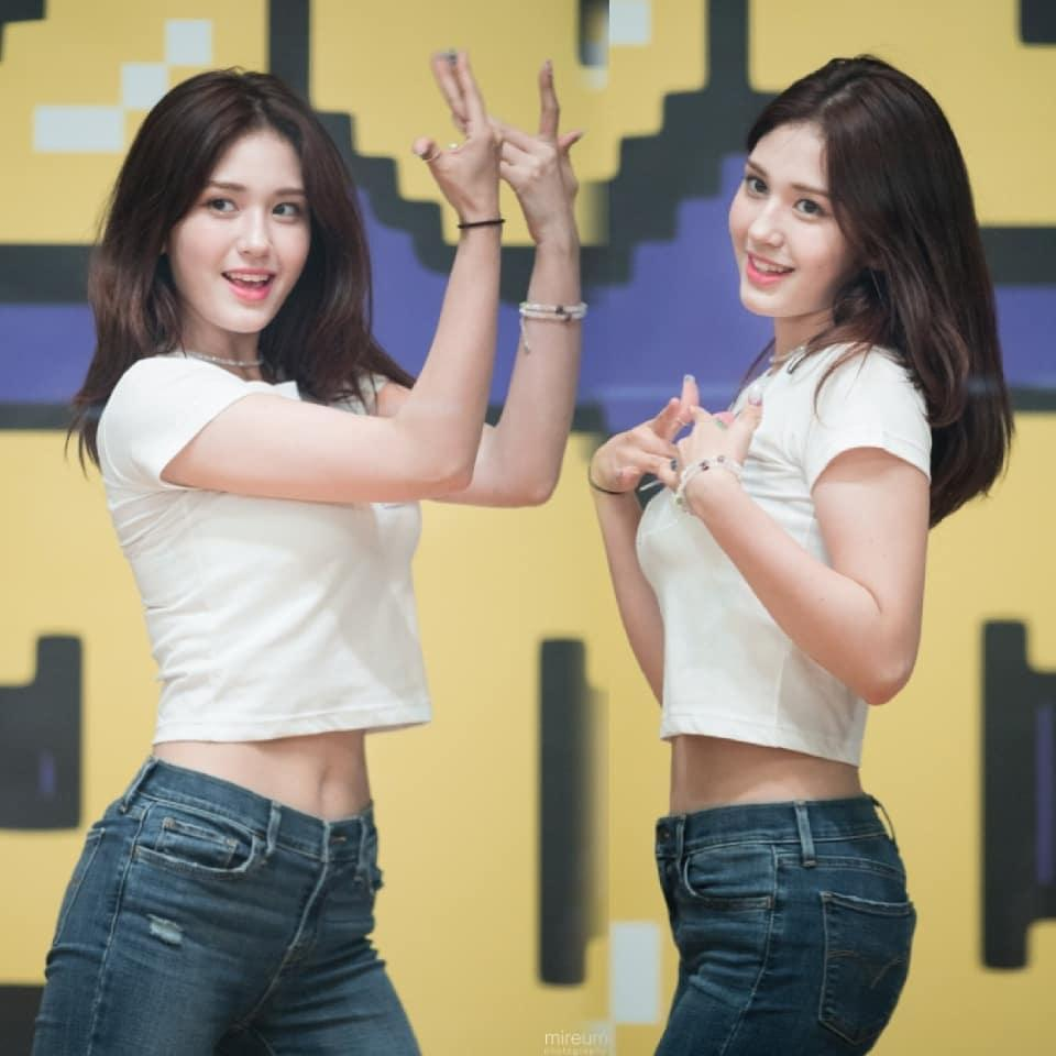 Body không khuyết điểm của 3 thần tượng 10X hot nhất xứ Hàn-3