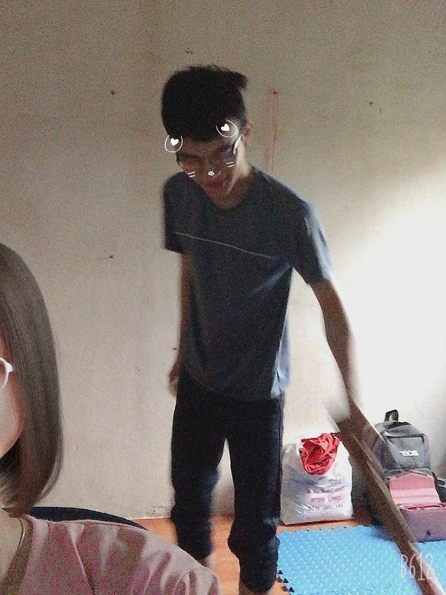 Bị bố mẹ bắt ra mắt người yêu, trai ế thâm niên thiết kế bạn gái 3D y chang người thật-6