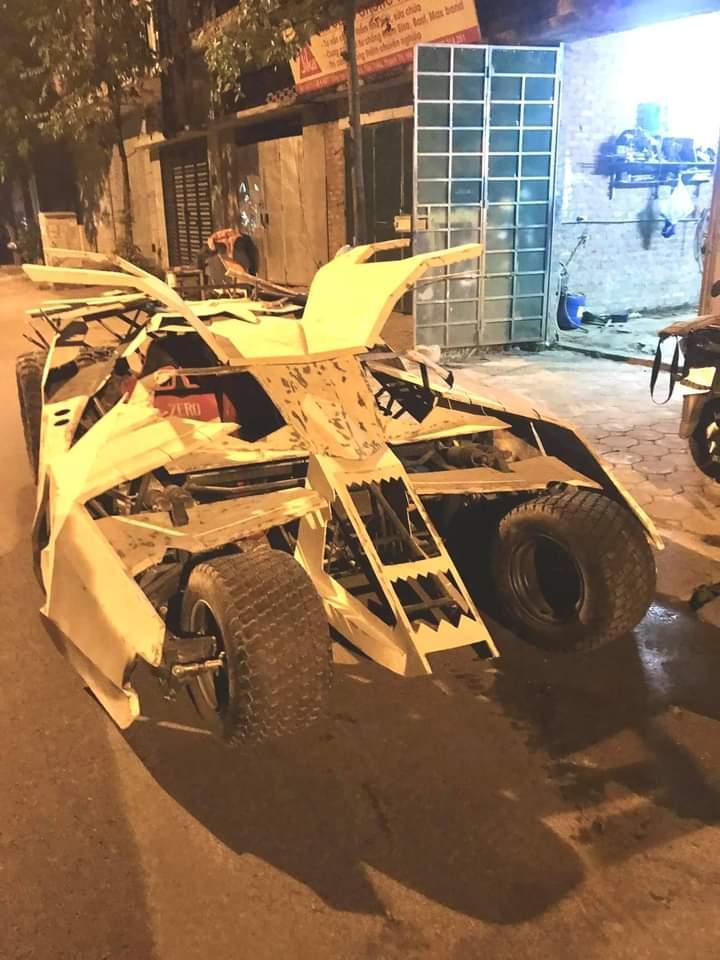 Nam sinh Đại học Kiến Trúc đầu tư 500 triệu bê siêu xe BATMAN từ phim ra đời thực-8