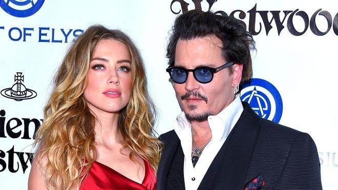 Johnny Depp hẹn hò Sophie Hermann-2
