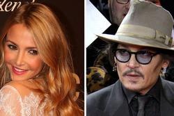 Johnny Depp hẹn hò Sophie Hermann