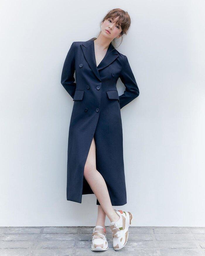 Song Hye Kyo ly hôn xong mà còn trẻ trung, chất lừ hơn khi làm vợ Song Joong Ki-6