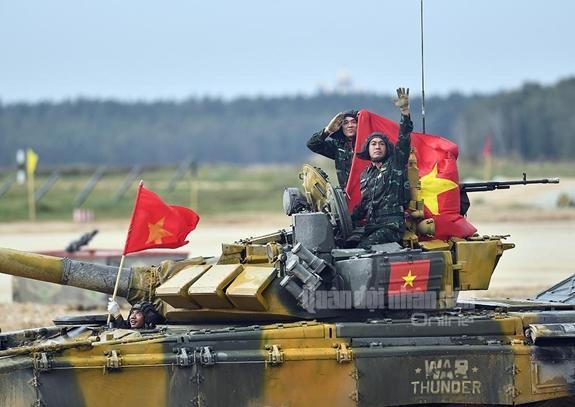 Đội xe tăng Việt Nam lần đầu vô địch bảng 2 Tank Biathlon-1