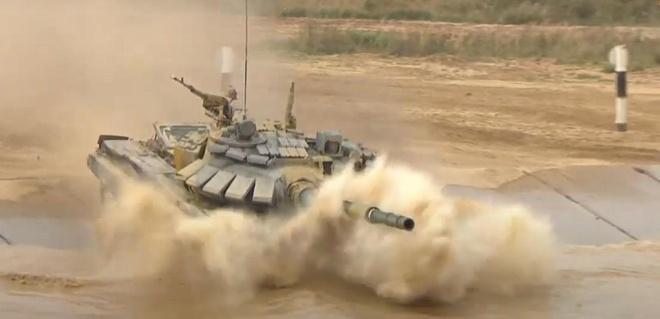 Đội xe tăng Việt Nam lần đầu vô địch bảng 2 Tank Biathlon-4