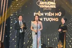 Hồng Diễm khóc khi lần đầu đoạt Diễn viên nữ ấn tượng
