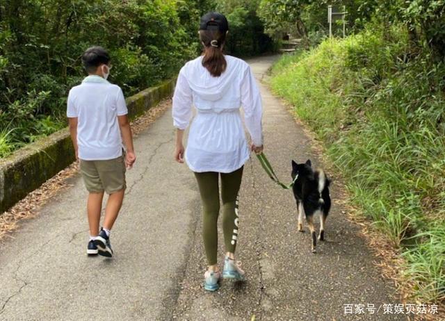 Hoa hậu Lý Gia Hân tiết lộ bí quyết giữ dáng ở tuổi 50-4
