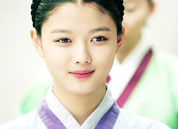Chuyện chưa kể về nữ thần thế hệ mới Kim Yoo Jung-7