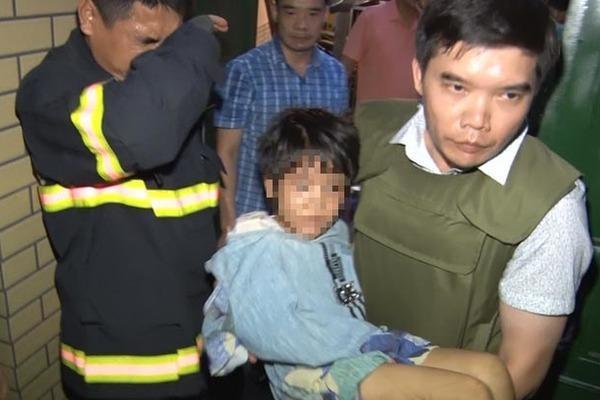 Nóng: Đã bắt được gã bố đẻ cùng người tình bạo hành con gái 6 tuổi dã man ở Bắc Ninh-4