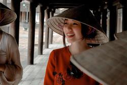 Băng Di mê mẩn vẻ đẹp của xứ Huế, 'check in' đẹp xuất thần