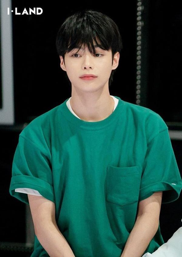 Netizen Hàn gây phẫn nộ khi yêu cầu Hanbin về Việt Nam debut-3