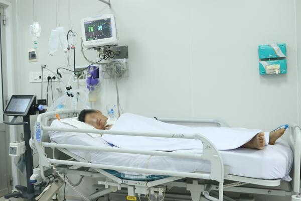 Bệnh nhân 54 tuổi ngộ độc pate Minh Chay vẫn yếu liệt tay chân-1