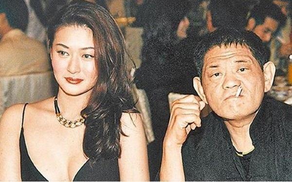 Kết cục bi thảm của nữ diễn viên bị đồn ngủ chung với cha nuôi nhưng không quan hệ-9