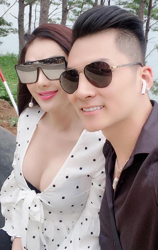 SAO MẶC XẤU: Hương Giang 2 lần mất điểm - Lâm Khánh Chi chăm khoe vựa hoa quả mà để lộ nội y-6