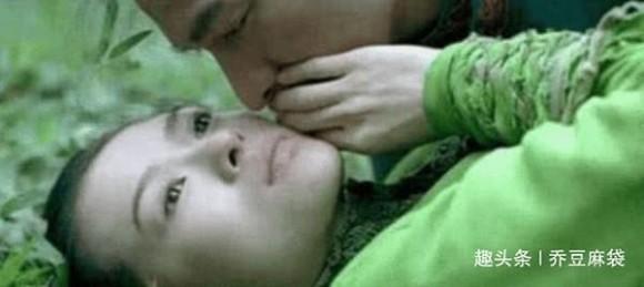 Cảnh hôn cay đắng nhất của Chương Tử Di, sau khi quay xong ốm 5 ngày không ăn được cơm-2