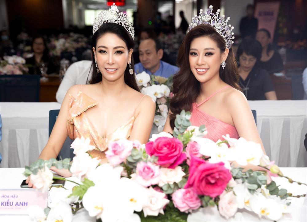 Dàn người đẹp Việt đọ dáng với đầm xẻ tà-3