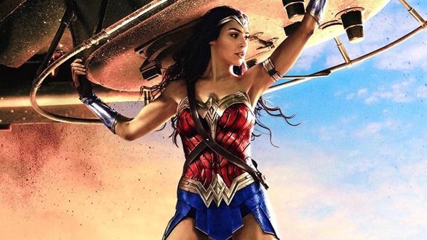 Wonder Woman 1984 hoãn chiếu lần thứ 5, chiếm luôn danh hiệu phim siêu anh hùng lận đận nhất mọi thời đại-2