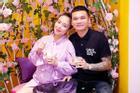 Thường đăng ảnh 'sống ảo', vợ Khắc Việt lộ nhan sắc thật khi đang bầu song thai