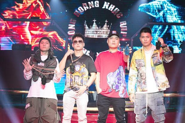 Netizen chỉ trích King Of Rap vì sân khấu tối, beat dìm thí sinh, luật khó hiểu...-1