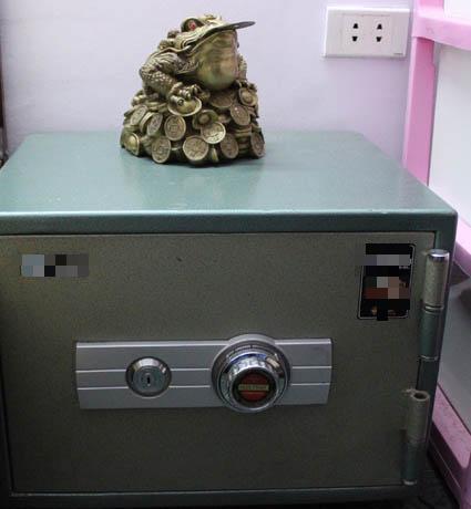 Đừng quên những điều đại kị khi đặt két sắt để tài lộc vào ào ào như thác đổ-2