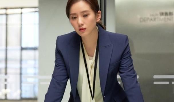 Lưu Diệc Phi - Lưu Thi Thi: bộ đôi mỹ nhân giống nhau từ nhan sắc đến diễn xuất dở tệ-6