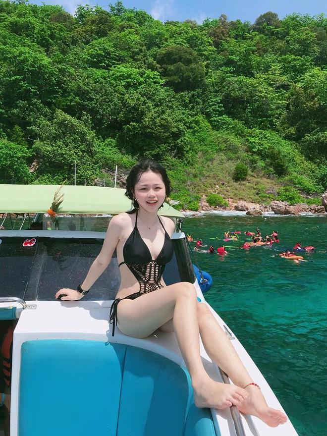 Bạn gái Quang Hải gây chú ý lần đầu khoe cận body gợi cảm khi diện bikini-4