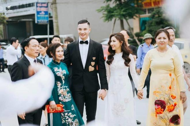 Con gái Bầu Đệ sinh con đầu lòng cho Nam vương Nguyễn Văn Sơn-2