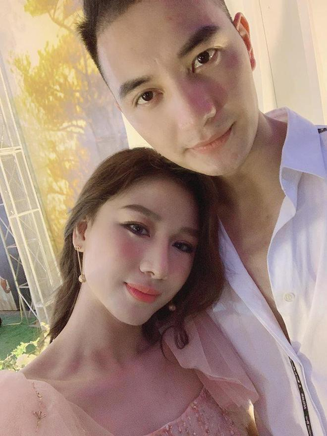 Con gái Bầu Đệ sinh con đầu lòng cho Nam vương Nguyễn Văn Sơn-5