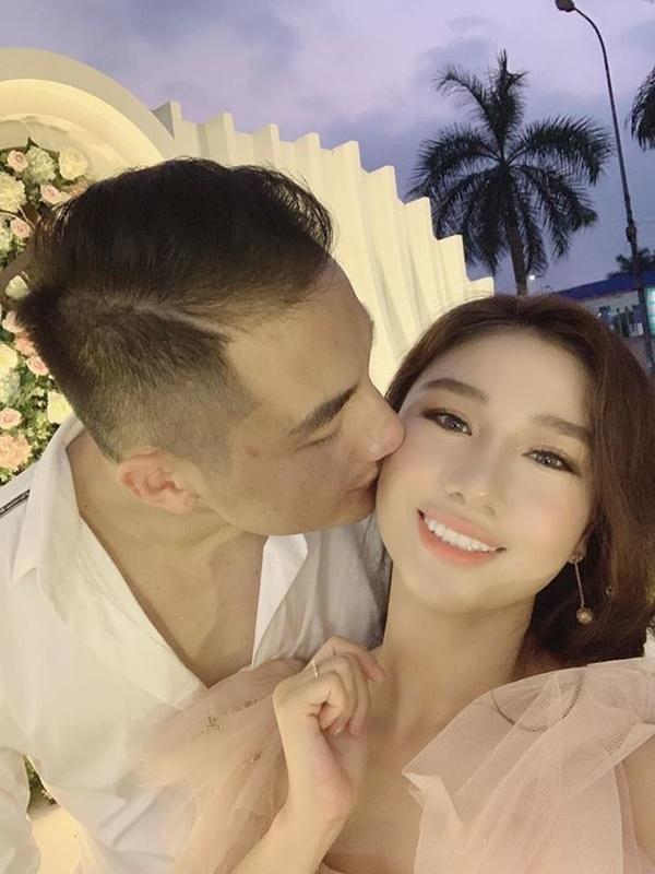 Con gái Bầu Đệ sinh con đầu lòng cho Nam vương Nguyễn Văn Sơn-4